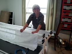 Anita is excited to get her hands on the new long-arm quilting machine.